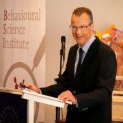 Prof. dr. A. Cillessen